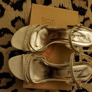 Kitten heel fancy sandals